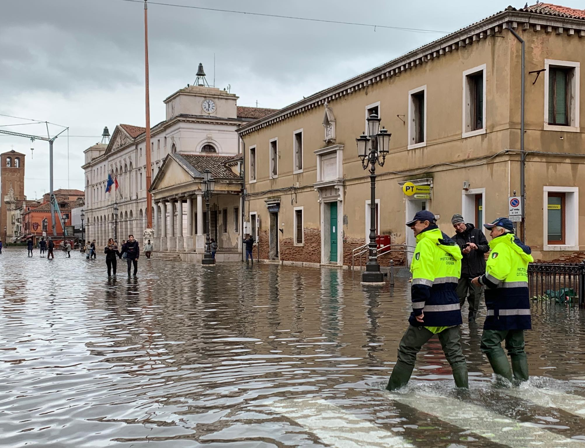Danni da acqua alta, il Comune di Chioggia apre un conto corrente per le donazioni