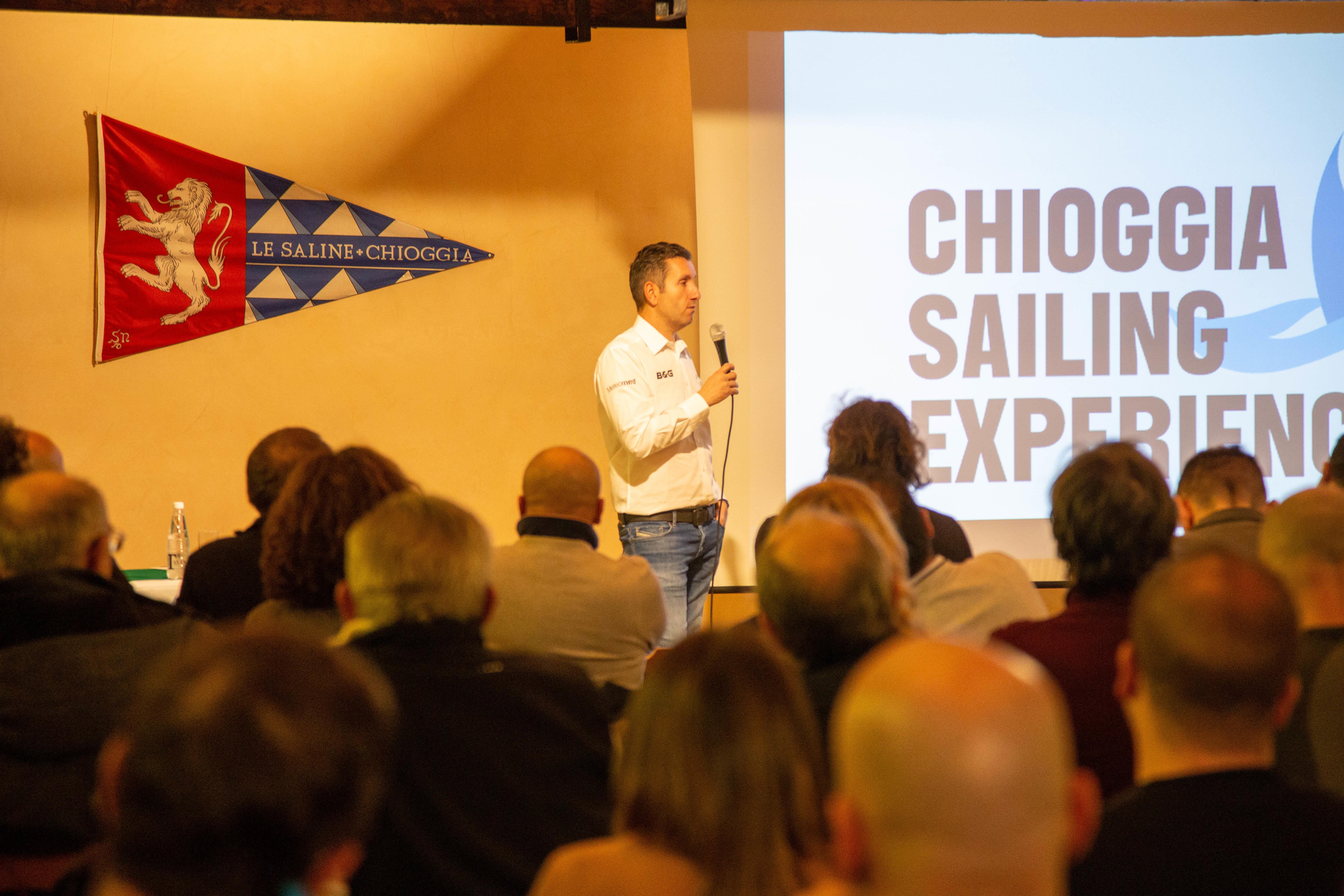 Enrico Zennaro ed il racconto della sua partecipazione alla Fastnet Race fanno il pieno